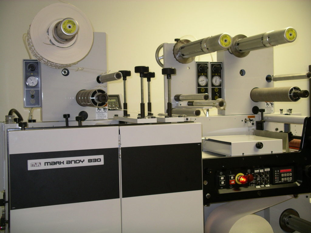 Familiar system functions offer efficient job management with a central  operator control panel, easy access print station and pneumatically  controlled waste ...